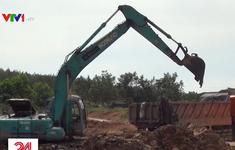 Nhức nhối vấn nạn đổ trộm chất thải tại nhiều địa phương