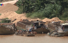 Quảng Nam: Ngăn chặn khai thác cát trái phép trước mùa mưa