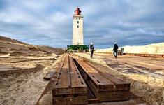 Đan Mạch di dời ngọn hải đăng 120 tuổi