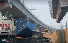 Lo ngại về an toàn công trình sau vụ sập cầu bộ hành trên xa lộ Hà Nội