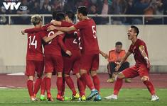 """Nếu fan UAE nhỡ ném vàng, nhớ lượm lại, bởi Việt Nam đã có đủ """"vàng"""" trên sân"""