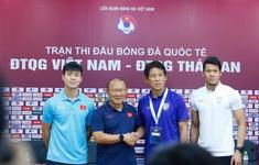Họp báo trước trận ĐT Việt Nam – ĐT Thái Lan: HLV Park Hang Seo và Nishino thận trọng trước trận đấu lớn!