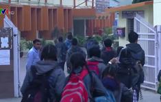 Ấn Độ mở cửa trường học trở lại