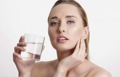 Điều kỳ diệu gì xảy ra nếu bạn uống nước ấm mỗi sáng thức dậy?