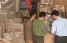 """Hà Nội: Phát hiện nhiều cơ sở kinh doanh sản phẩm có """"đường lưỡi bò"""""""