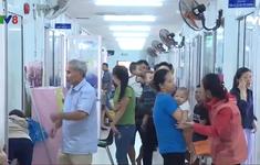 Chuyển mùa trẻ nhập viện tăng cao tại Khánh Hòa