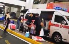 Trung Quốc: Quan chức điều xe cấp cứu chở hàng hiệu cho vợ