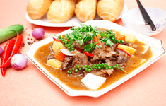 Hướng dẫn cách nấu món bò hầm tiêu xanh khiến ai ăn cũng phải xuýt xoa