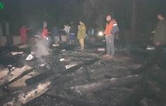 Hỏa hoạn thiêu rụi 3 nhà dân