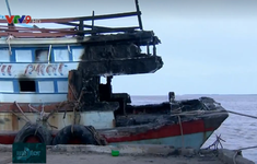 Nguy cơ cháy tàu cá từ hệ thống điện xuống cấp