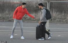 Liverpool trở về Anh sau khi có chuyến tập huấn tại Tây Ban Nha