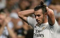 """HLV Ryan Giggs lên tiếng về việc cho """"ra rìa"""" Gareth Bale"""