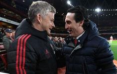 """HLV Unai Emery khẩn thiết xin tiền Arsenal để """"phá bĩnh"""" Man Utd"""