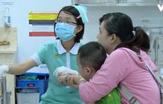 Hơn 10.000 trẻ nhập viện mỗi ngày do nắng nóng