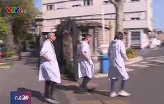 Sinh viên Pháp vật lộn với khó khăn tài chính