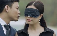 Mê cung - Tập 1: Háo hức trong ngày kỷ niệm tình yêu, Lam Anh (Hoàng Thùy Linh) lại bị bạn trai Khánh (Hồng Đăng) cho leo cây