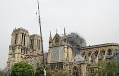 Vụ cháy Nhà thờ Đức Bà Paris: Hệ thống chuông điện có thể là nguyên nhân