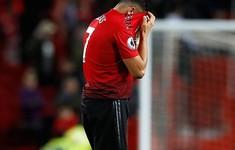 Alexis Sanchez chạm bóng đúng 1 lần ở trận derby Manchester