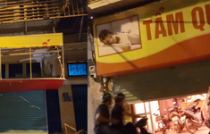 Khởi tố vụ án, bắt giữ nhiều đối tượng lừa đảo mại dâm ở Hà Nội