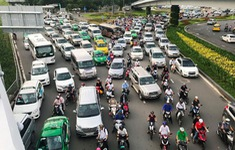 Yêu cầu làm rõ số lượng xe thí điểm hợp đồng điện tử