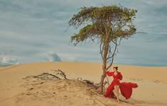 Hoa hậu Hằng Nguyễn cá tính trong bộ ảnh thời trang tại đồi cát Phan Thiết