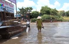 Mưa lớn gây ngập đường Hồ Chí Minh đoạn qua Kon Tum