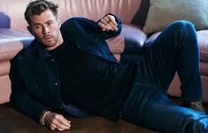 """Ngây ngất với bộ ảnh mới của """"Thầm sấm"""" Chris Hemsworth"""