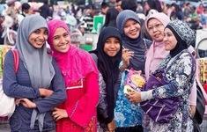 Tranh cãi về dự luật hôn nhân đa thê ở Indonesia