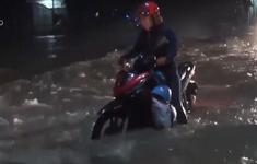 Dân khốn khổ vì cứ mưa là ngập nặng