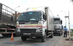 TP.HCM tăng cường kiểm soát tải trọng các xe tải