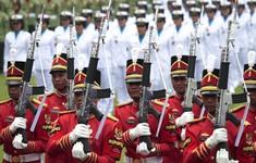 Hàng nghìn người tham gia màn đồng diễn kỷ niệm Quốc khánh Indonesia