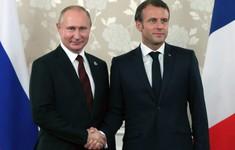 Tổng thống Nga thăm chính thức Pháp