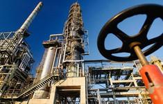 Giá dầu châu Á hướng tới tuần tăng thứ năm liên tiếp