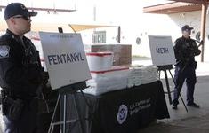 Mỹ trừng phạt 3 người Trung Quốc buôn lậu thuốc giảm đau chứa ma túy