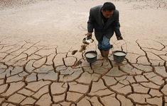 Thủ tướng Thái Lan đề xuất không thu phí nước ở vùng hạn