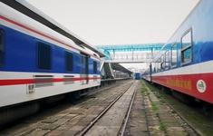 Hạn chế, tiến tới dừng bán vé từ ga Hà Nội và TP.HCM đến Quảng Nam