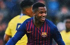 """Hàng công Barcelona """"thủng"""", sao trẻ 16 tuổi có cơ hội đá thay Messi"""