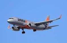Máy bay Jetstar Australia hạ cánh khẩn cấp