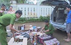 Đắk Lắk: Bắt giữ đối tượng vận chuyển trên 200kg pháo hoa