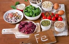 Phòng ngừa sốt xuất huyết bằng chế độ ăn nhiều sắt