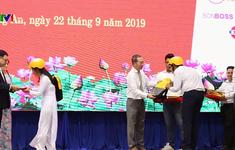 Trao học bổng cho học sinh hiếu học tỉnh Long An