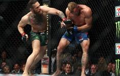 """""""Gã điên"""" McGregor tái xuất, hạ đối thủ theo cách không thể tin nổi"""