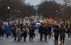 Phụ nữ Mỹ tuần hành đòi quyền bình đẳng
