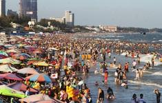 Biển Vũng Tàu đông khách du lịch
