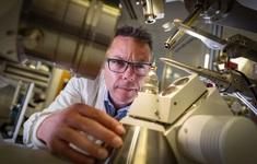 """""""Siêu enzyme"""" mới có thể phân hủy nhựa nhanh gấp 6 lần"""