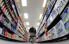 Niềm tin của người tiêu dùng Mỹ tăng mạnh nhất trong 17 năm