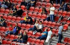 UEFA đồng ý để khán giả vào sân tại cúp châu Âu, nhưng với 1 điều kiện