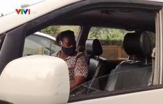 Bùng nổ dịch vụ taxi nữ tại Uganda