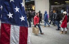 FED: Bức tranh phục hồi của kinh tế Mỹ không đồng đều