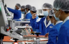 Trung Quốc cấp vaccine COVID-19 thử nghiệm cho người dân